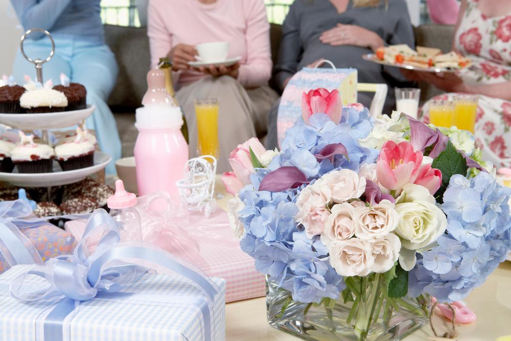Przyjęcie baby shower może być zorganizowane zarówno w domu, jak i w ogrodzie lub restauracji.